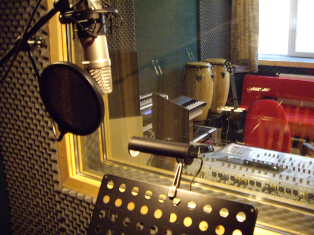 Camera de izolare fonica pentru voce